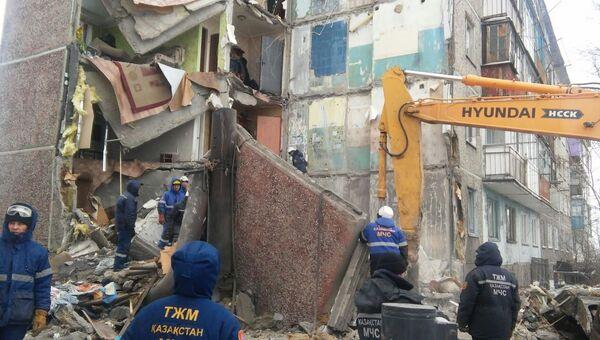 Обрушение жилого дома в Казахстане