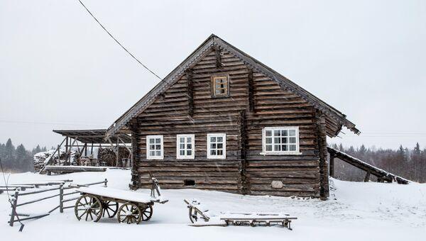 Жилой деревянный дом в деревне Кинерма