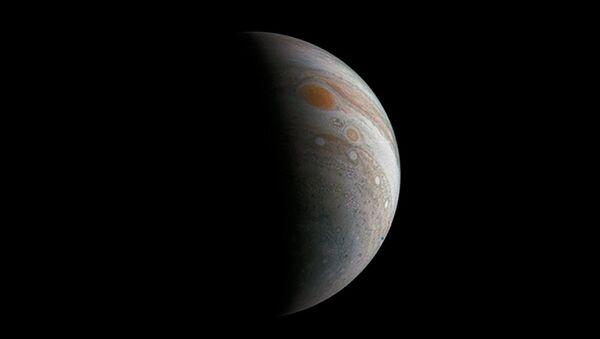 Великое пятно Юпитера, снятое зондом Juno