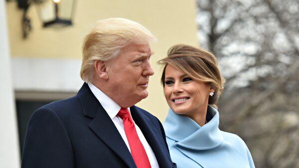 Дональд Трамп и его жена Меланья. Архивное фото