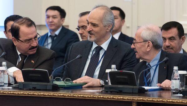 Постоянный представитель Сирии при ООН и глава делегации правительства Сирии Башар аль-Джафари на международной встрече по сирийскому урегулированию в Астане