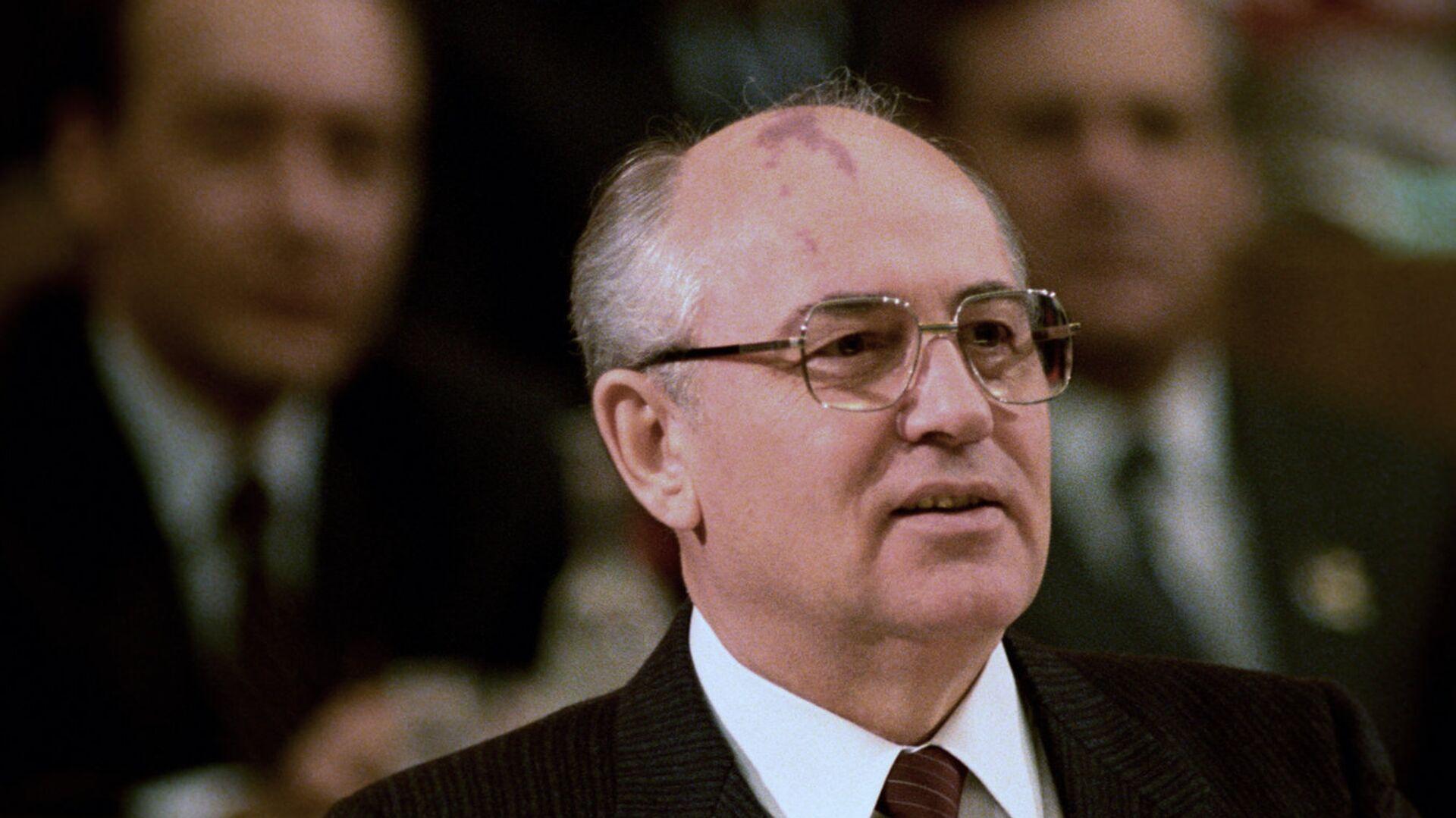 Генеральный секретарь ЦК КПСС Михаил Сергеевич Горбачев - РИА Новости, 1920, 05.10.2020