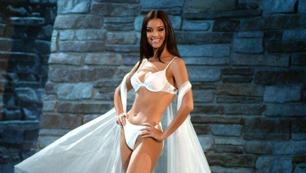 Оксана Федорова (Россия) - Мисс Вселенная 2002