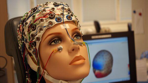 Устройство для фиксирования активности мозга