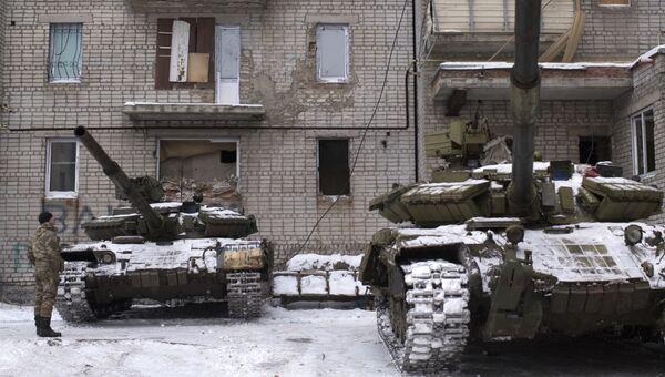 Танки ВСУ в Авдеевке, Украина. 2 февраля 2017. Архивное фото