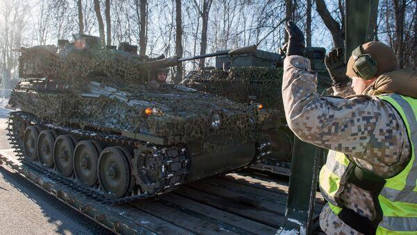 Боевая разведывательная машина FV107 SCIMITAR (Великобритания) на демонстрации военной техники и вооружения НАТО в Латвии. 8 февраля 2017