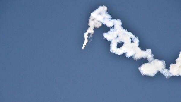 Испытания баллистической ракеты Пуккыксон-2 (Полярная звезда-2) среднего радиуса действия в Северной Корее