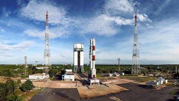Индийская ракета на стартовой площадке Космодрома имени Сатиша Дхавана. Архивное фото