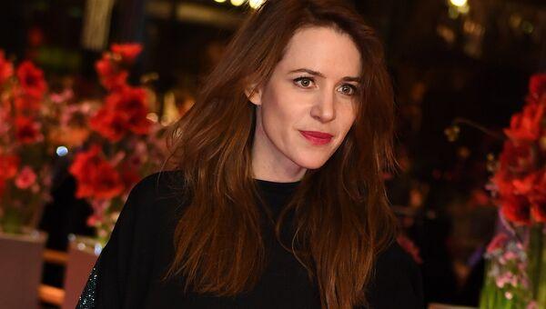 Актриса Джулия Малик на красной дорожке закрытия 67-го Берлинского международного кинофестиваля Берлинале - 2017