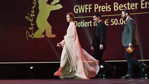 Актриса, принцесса Венецианская и Пьемонтская Клотильда Куро на церемонии награждения 67-го Берлинского международного кинофестиваля Берлинале - 2017