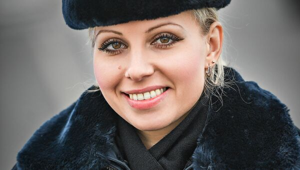 Нина, инспектор ДПС, 28 лет