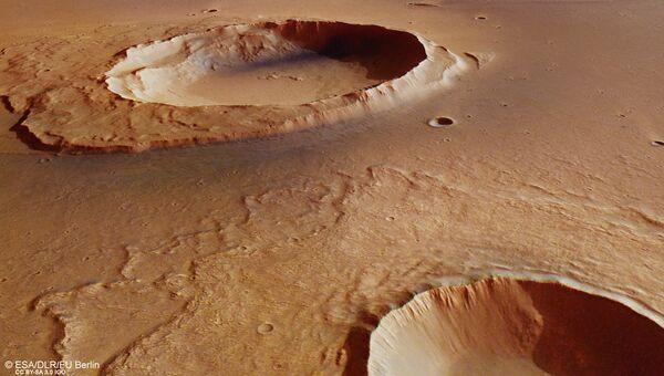 Кратер Ворчестера, где ученые нашли следы великого потопа Марса. Архивное фото