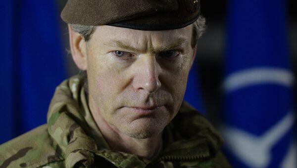Заместитель командующего объединенными силами НАТО в Европе британский генерал Адриан Брэдшоу. 2015 год