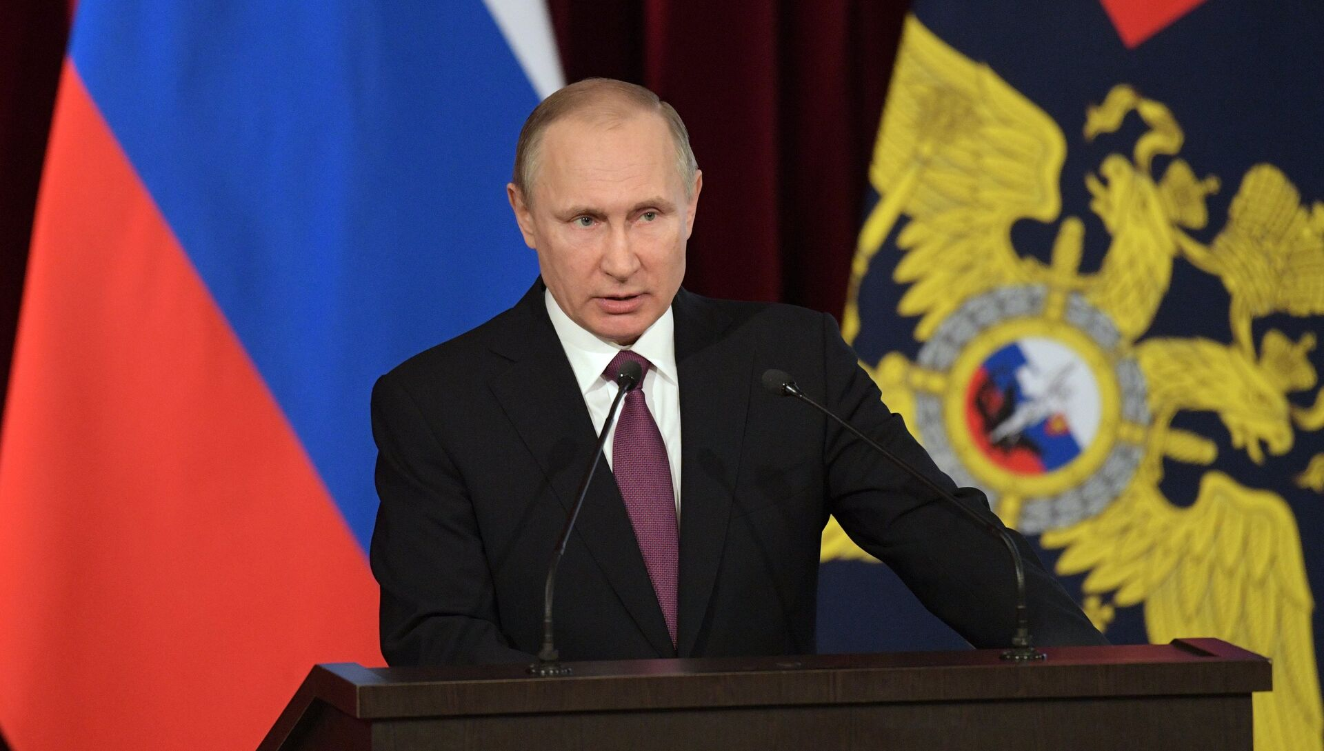 Президент РФ Владимир Путин. Архивное фото - РИА Новости, 1920, 20.03.2017