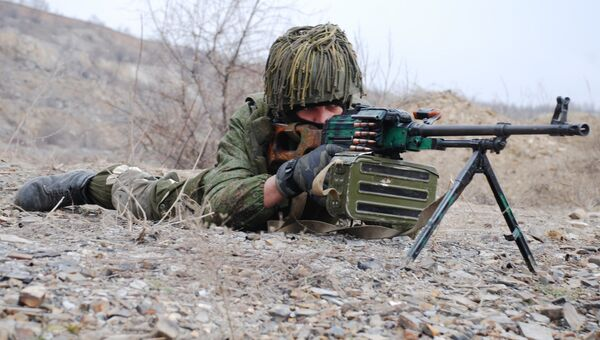 Боец Донецкой народной республики. Архивное фото
