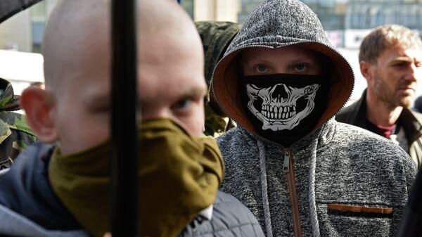 Украинские радикалы в Киеве. Архивное фото