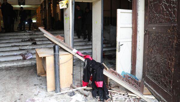 На месте взрыва у здания Дворца правосудия в Дамаске. Архивное фото