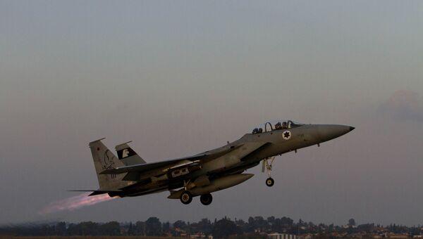 Самолет военно-воздушных сил Израиля. Архивное фото