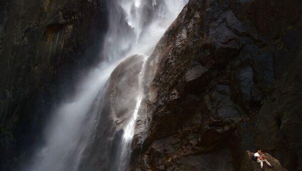 Йосемитский водопад в США. Архивное фото