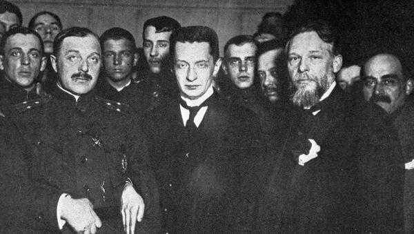 Члены Временного правительства во главе с Александром Федоровичем Керенским
