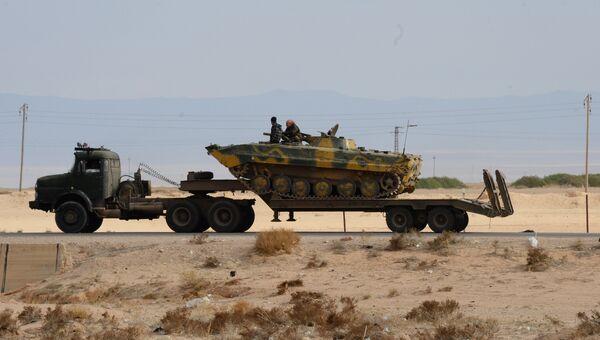 Военная техника Сирийской арабской армии (САА) на дороге к Пальмире. Архивное фото