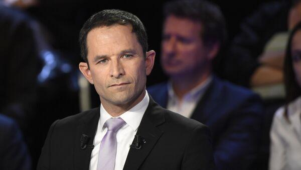 Бывший министр образования Франции, кандидат в президенты страны от правящей Соцпартии Бенуа Амон на теледебатах