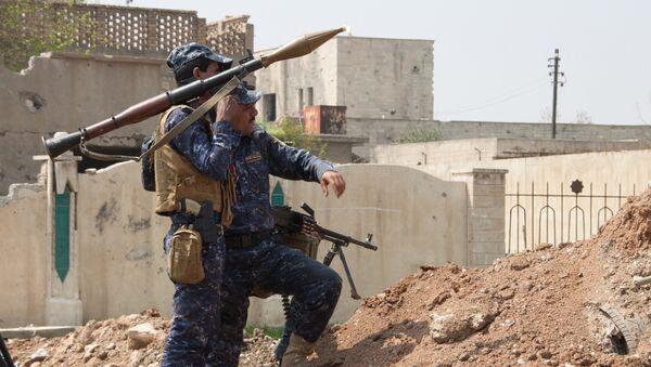 Военнослужащие иракской армии в Мосуле. Архивное фото
