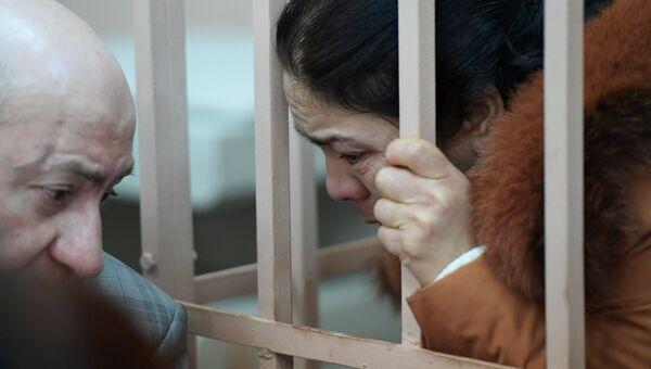 Подозреваемая в соучастии в совершении теракта в петербургском метро Шохиста Каримова в Басманном районном суде Москвы. 7 апреля 2017