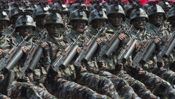Военнослужащие специальных тактических войск КНДР на параде в Пхеньяне. Архивное фото