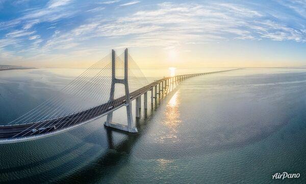 Мост Васко да Гама. Лиссабон, Португалия