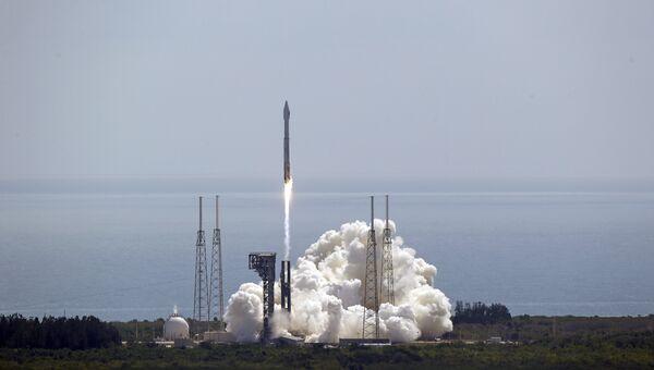 Старт ракеты-носителя Atlas V. Архивнео фото