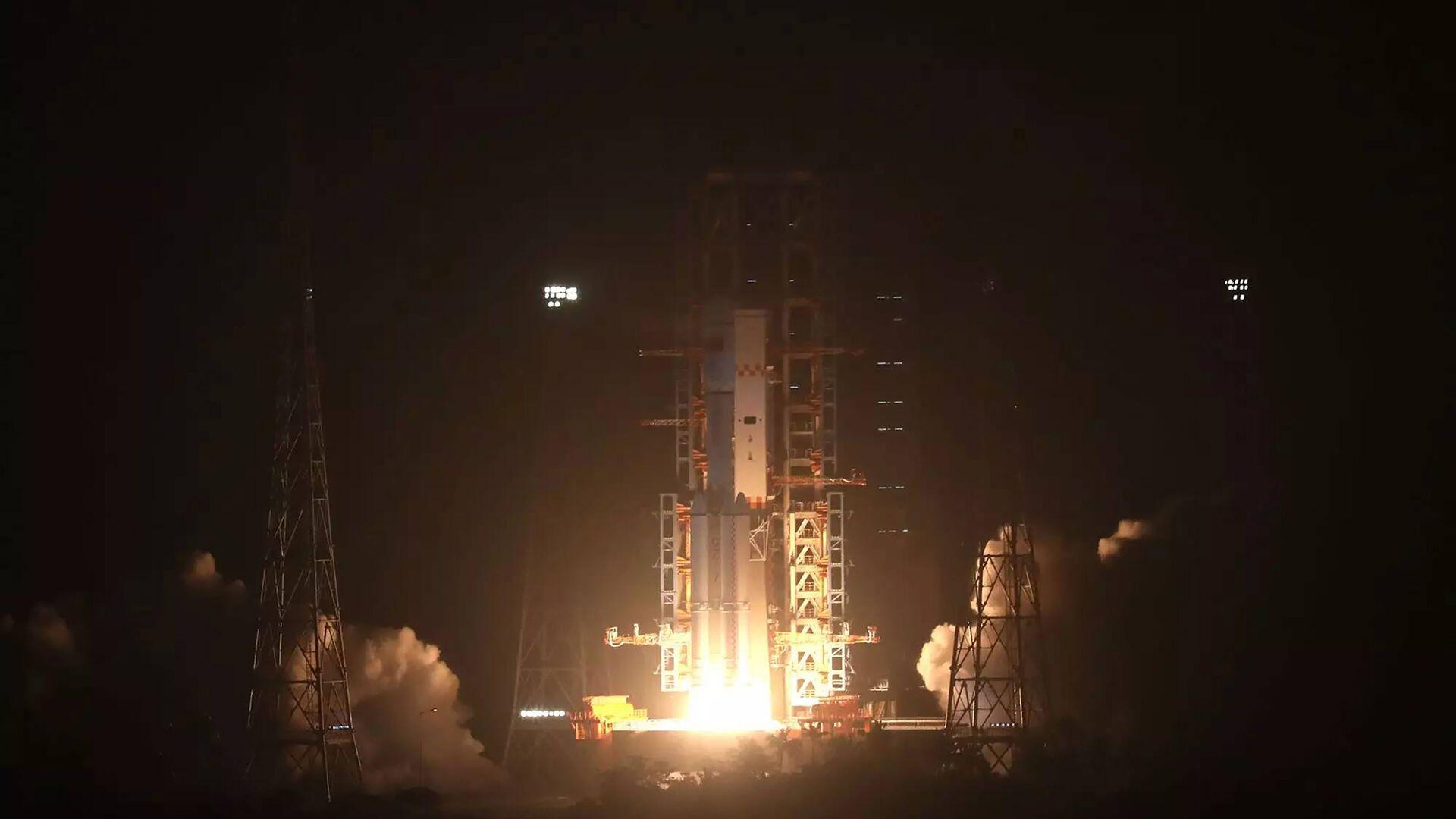 Китайский космический грузовик успешно вышел на орбиту