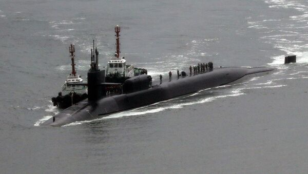 Американская подводная лодка USS Michigan на военно-морской базе в Пусане, Южная Корея