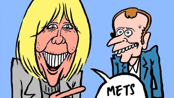 Эммануэль Макрон и его супругу Бриджит на карикатуре журнала Charlie Hebdo