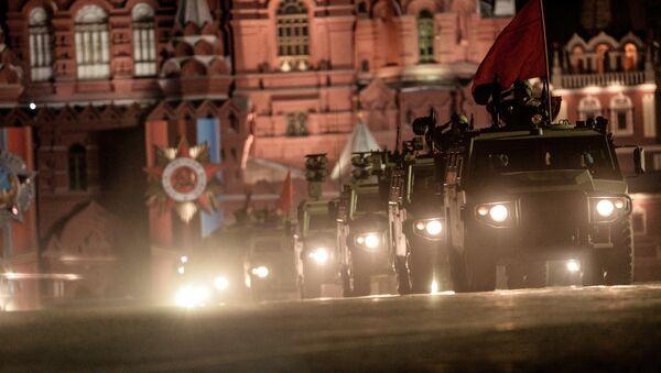 Бронеавтомобиль Тигр-М на репетиции парада Победы на Красной площади в Москве