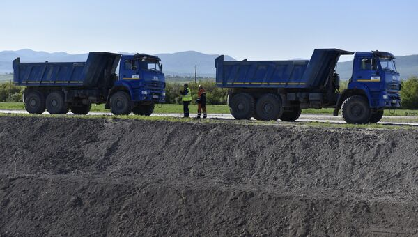 Старт строительства федеральной трассы Таврида в Крыму. Архивное фото