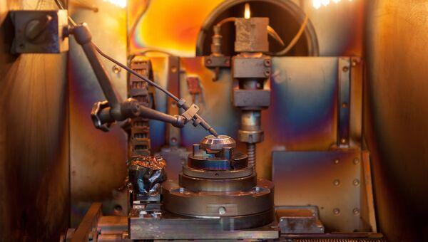 Первый российский 3D-принтер для печати крупных металлических изделий. Архивное фото