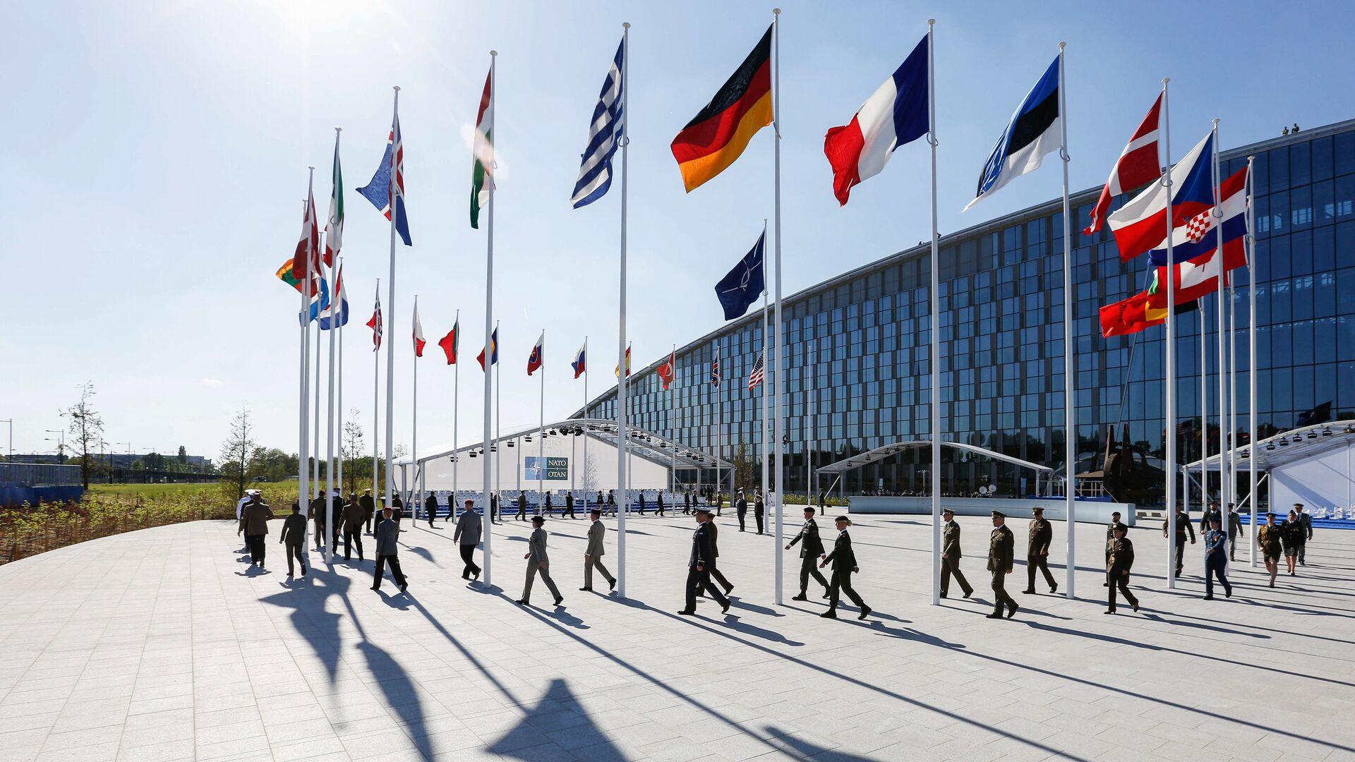На полях саммита НАТО в Брюсселе - РИА Новости, 1920, 17.09.2021