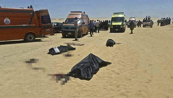 Место нападения на автобус с христианами-коптами в центральной части Египта