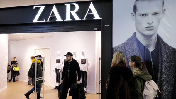Магазин одежды Zara. Архивное фото