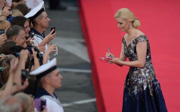 Актриса Анна Чурина на торжественной церемонии открытия 28-го Открытого российского кинофестиваля Кинотавр в Сочи