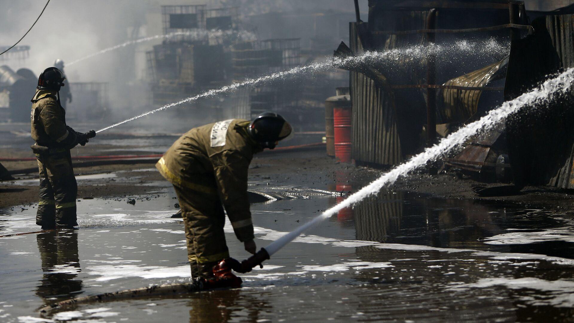 На базе отдыха в Приморье произошел крупный пожар