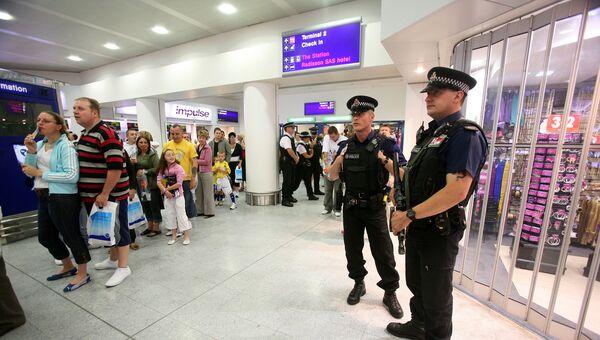 Полиция в аэропорту Манчестера. Архивное фото