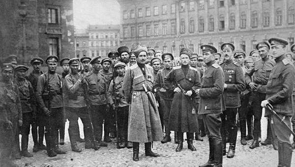 Войска, вызванные Александром Керенским с фронта в Петроград для подавления восстания