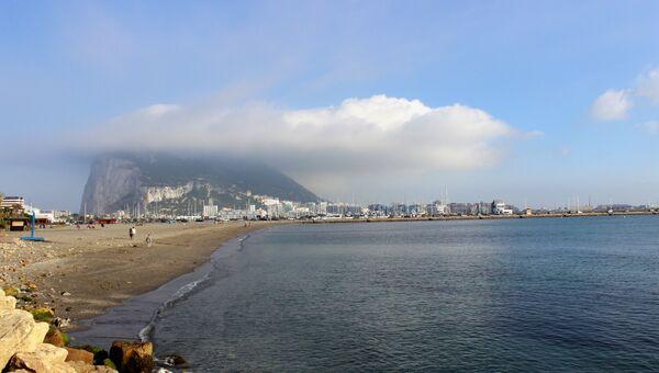 Пляжи Ла-Линеа