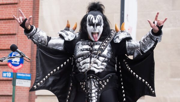 Музыкант группы Kiss Джин Симмонс