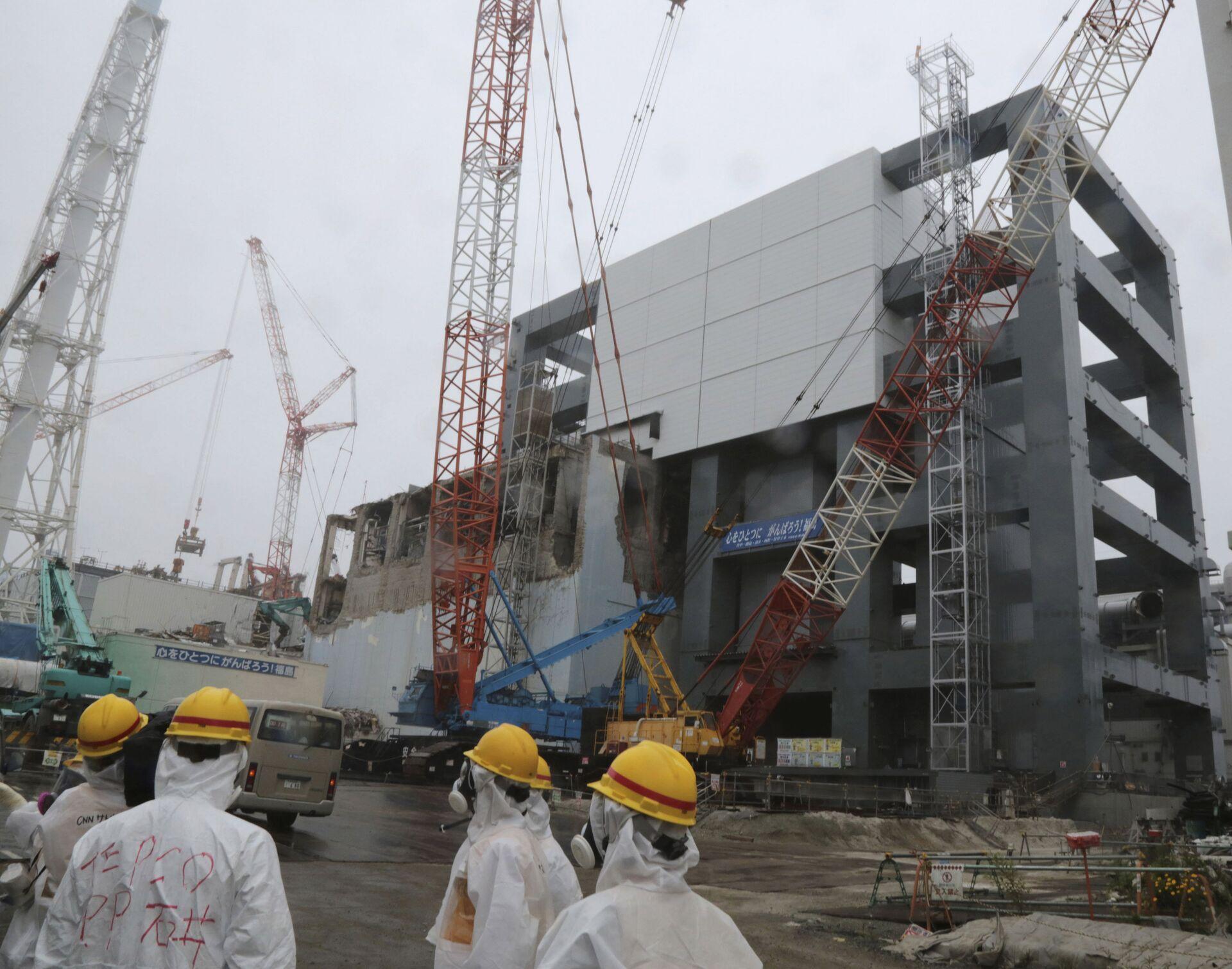 Работы по ликвидации последствий аварии на АЭС Фукусима-1 в Окуме, Япония. 12 июня 2013 - РИА Новости, 1920, 10.03.2021