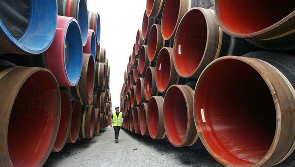 Подготовка к прокладке труб газопровода по дну Балтийского моря в рамках реализации проекта Северный поток в порту Визби на острове Готланд