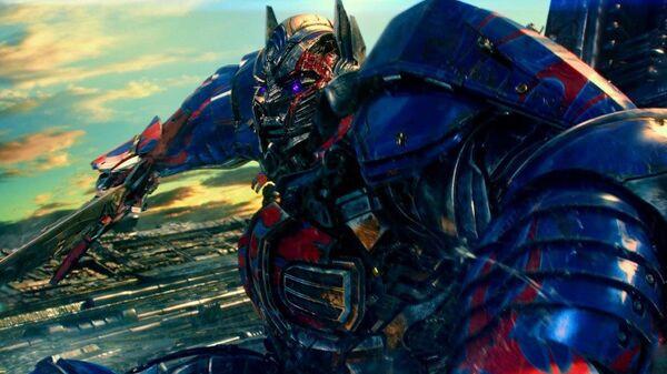Кадр из фильма Трансформеры: Последний рыцарь