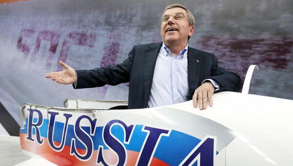 Глава МОК Томас Бах во время Олимпийских игр в Сочи. Архивное фото
